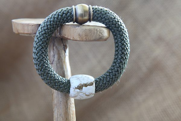 Image of Barrel Bead Bracelet