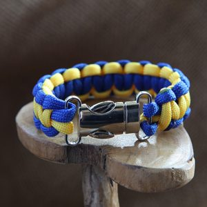 Image of Paracord Metal Clip Bracelet